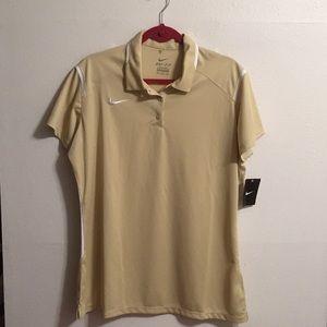 Nike women's T shirt NWT size Xxl